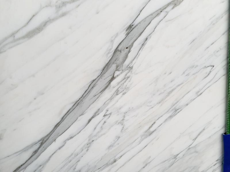 CALACATTA CARRARA marble Italy  ()