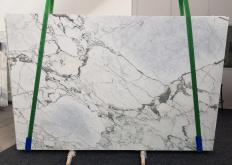 Supply honed slabs 0.8 cm in natural marble ARABESCATO CERVAIOLE 1210. Detail image pictures