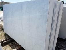 Supply honed slabs 0.8 cm in natural marble BIANCO CARRARA C 2002. Detail image pictures