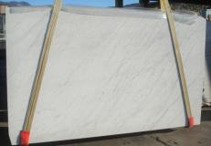 Supply honed slabs 1.2 cm in natural marble BIANCO CARRARA C 2273. Detail image pictures