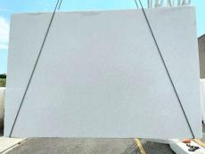Supply polished slabs 1.2 cm in natural marble BIANCO NEVE 7191. Detail image pictures