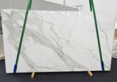 Supply polished slabs 0.8 cm in natural marble CALACATTA EXTRA 1377. Detail image pictures