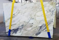 Supply sawn slabs 0.8 cm in natural marble CALACATTA FIORITO U0433. Detail image pictures