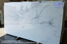 Supply polished slabs 2 cm in natural marble CALACATTA MICHELANGELO AA T0165. Detail image pictures