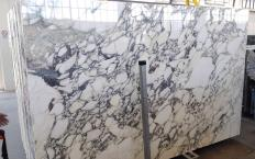 Supply polished slabs 0.8 cm in natural marble CALACATTA MONET Z0200. Detail image pictures