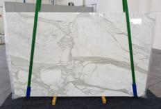 Supply polished slabs 0.8 cm in natural marble CALACATTA ORO 1238. Detail image pictures