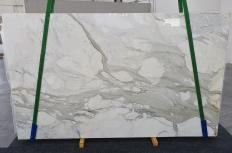 Supply polished slabs 0.8 cm in natural marble CALACATTA ORO 1227. Detail image pictures