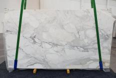 Supply polished slabs 0.8 cm in natural marble CALACATTA ORO 1232. Detail image pictures