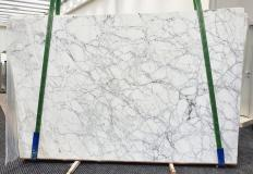 Supply polished slabs 1.2 cm in natural marble CALACATTA VAGLI VENA FINA 1201. Detail image pictures