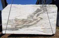 Supply sawn slabs 0.8 cm in natural marble CALACATTA VAGLI U0434. Detail image pictures