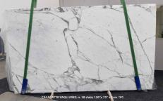 Supply polished slabs 0.8 cm in natural marble CALACATTA VAGLI SG 982. Detail image pictures