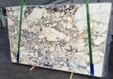 Supply polished slabs 0.8 cm in natural marble CALACATTA VIOLA 1291. Detail image pictures