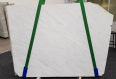 Supply polished slabs 0.8 cm in natural marble CALACATTA 2007-6. Detail image pictures