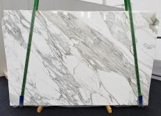 Supply polished slabs 0.8 cm in natural marble CALACATTA 1344. Detail image pictures