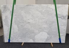 Supply polished slabs 0.8 cm in natural marble CALACATTA 1436. Detail image pictures