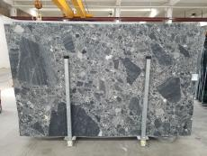 Supply honed slabs 0.8 cm in natural marble CEPPO SCURO 1673. Detail image pictures