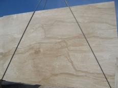 Supply polished slabs 0.8 cm in natural marble DAINO REALE C-M2391. Detail image pictures