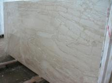 Supply polished slabs 0.8 cm in natural marble DAINO REALE SRCO521. Detail image pictures