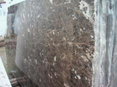 Supply polished slabs 0.8 cm in natural marble EMPERADOR OSCURO E-O502. Detail image pictures