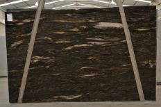 Supply polished slabs 1.2 cm in natural granite ORION 2424. Detail image pictures