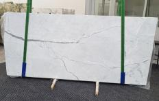 Supply polished slabs 0.8 cm in natural marble STATUARIETTO 1290. Detail image pictures