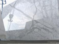 Supply polished slabs 0.8 cm in natural marble STATUARIETTO E-O414. Detail image pictures