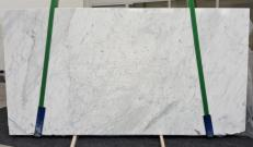 Supply polished slabs 0.8 cm in natural marble STATUARIETTO GL 980. Detail image pictures