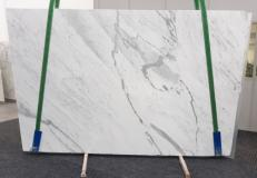 Supply polished slabs 0.8 cm in natural marble STATUARIETTO GL 992. Detail image pictures