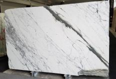 Supply polished slabs 0.8 cm in natural marble STATUARIO VENATO Z0333. Detail image pictures