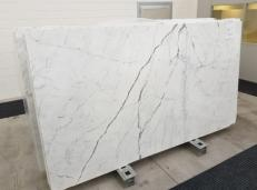 Supply polished slabs 0.8 cm in natural marble STATUARIO VENATO GL 1109. Detail image pictures