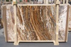 Supply polished slabs 0.8 cm in natural travertine TRAVERTINO ONICIATO E_15188. Detail image pictures