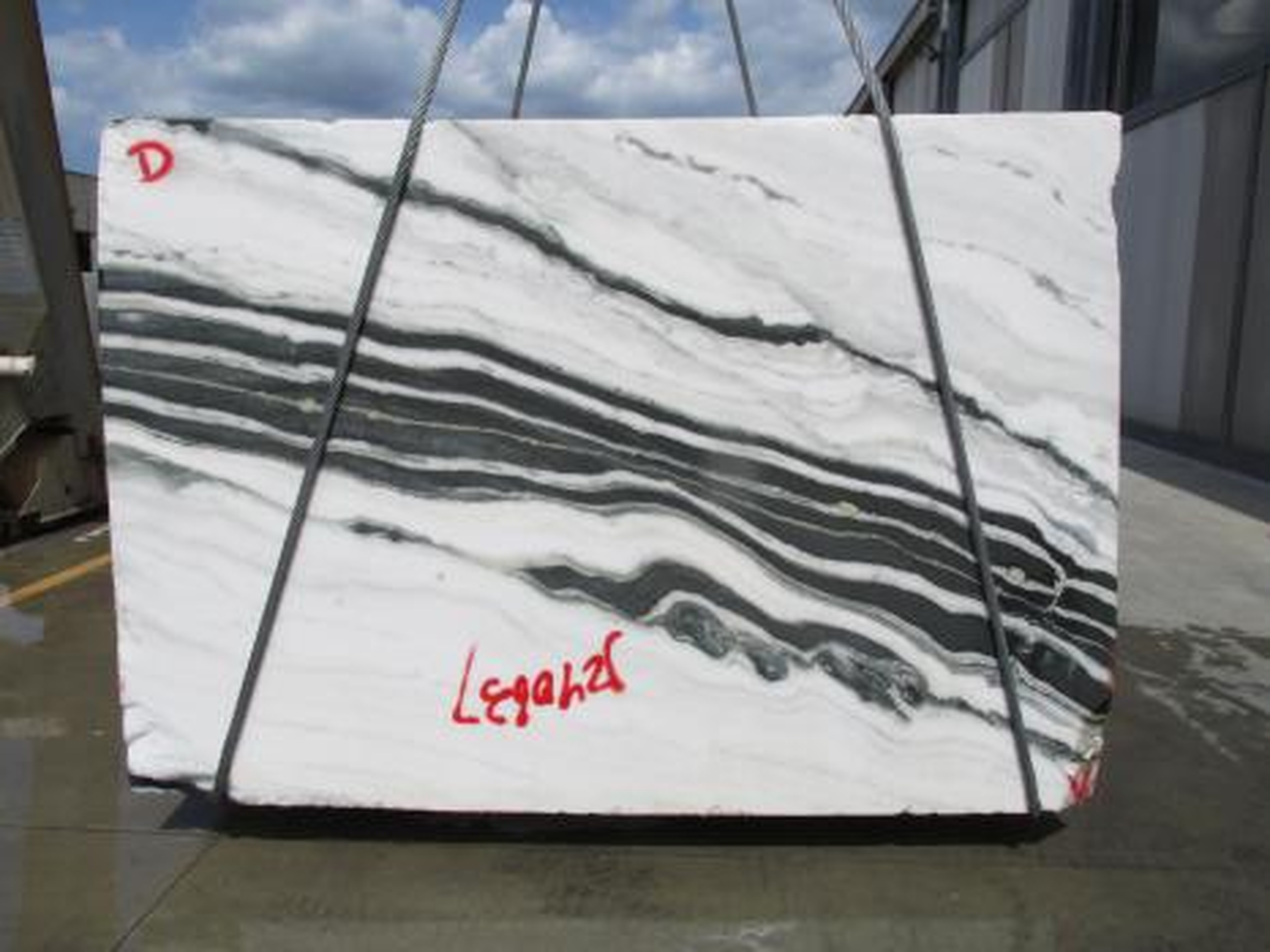 PANDA Supply Veneto (Italy) rough blocks 1771M , Face D natural marble
