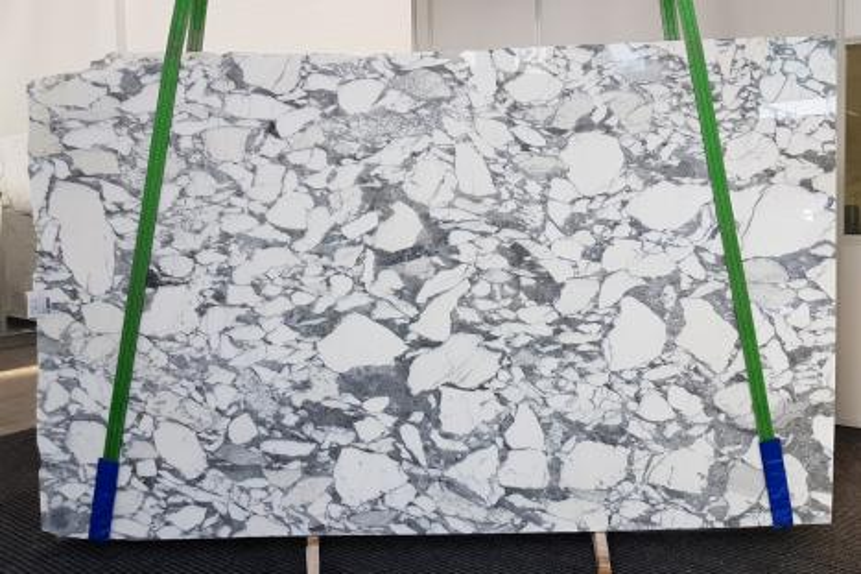 ARABESCATO CORCHIA polished slabs 1031 , Slab #09 natural marble