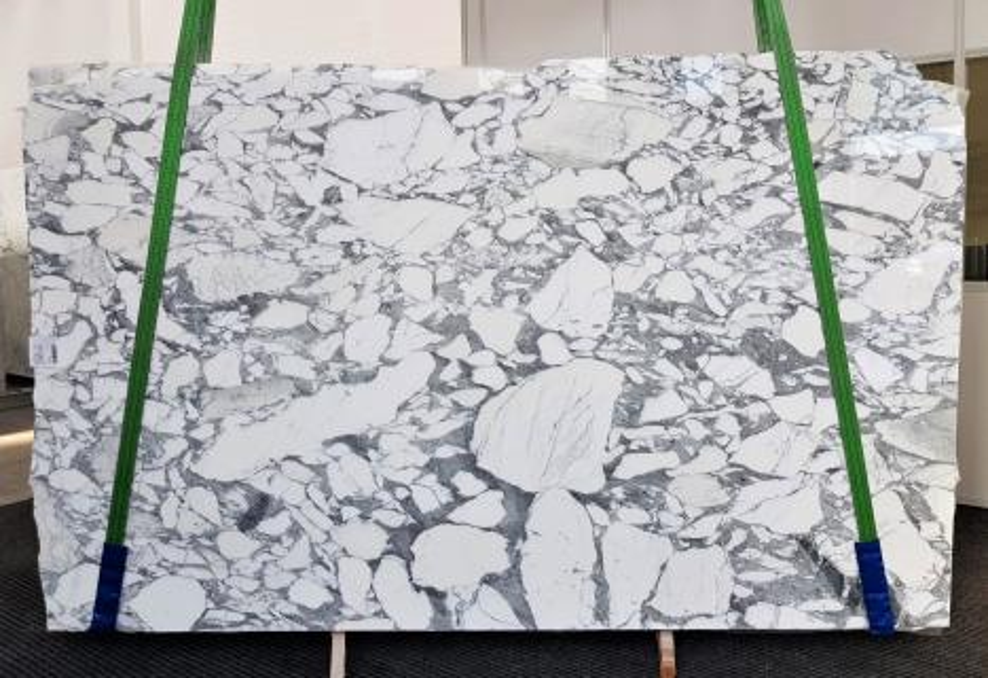 ARABESCATO CORCHIA polished slabs 1031 , Slab #01 natural marble