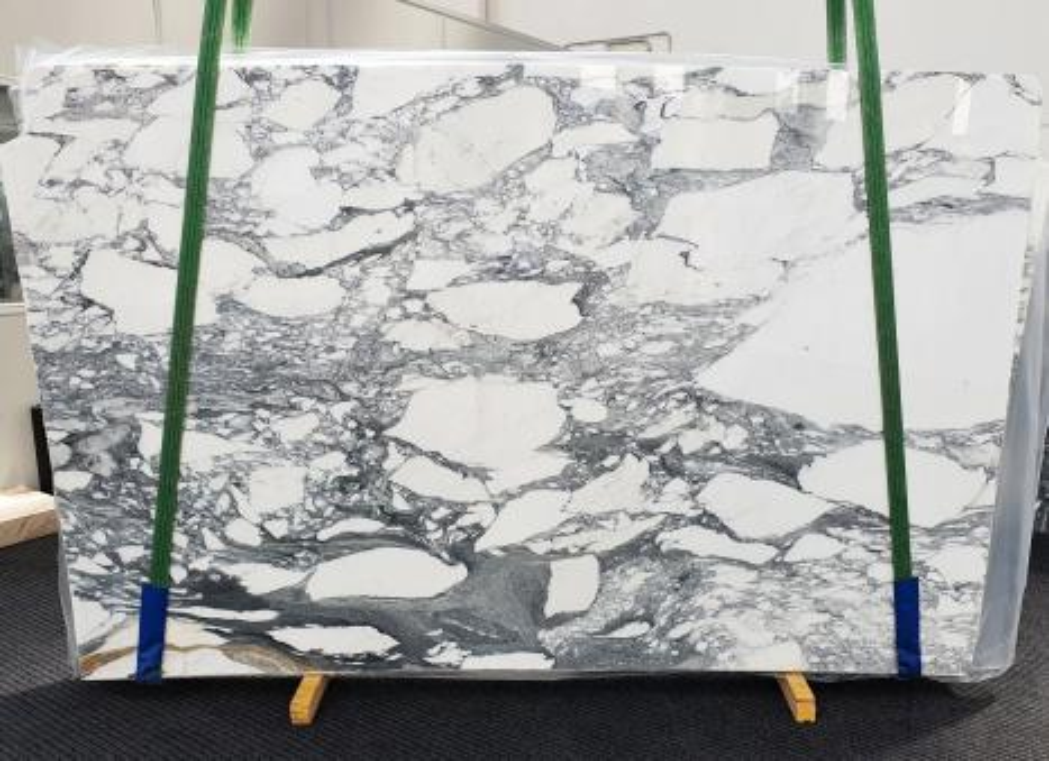 ARABESCATO CORCHIA Supply Veneto (Italy) polished slabs 1433 , Slab #17 natural marble