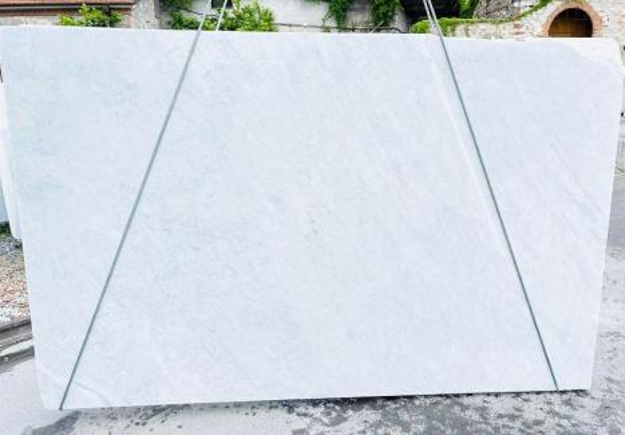 BIANCO CARRARA C Supply Veneto (Italy) rough slabs D210930 , Bnd02 natural marble