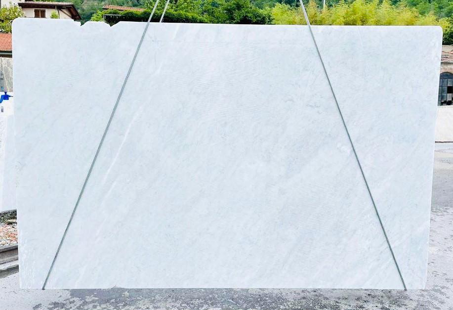 BIANCO CARRARA C Supply Veneto (Italy) rough slabs D210930 , Bnd03 natural marble