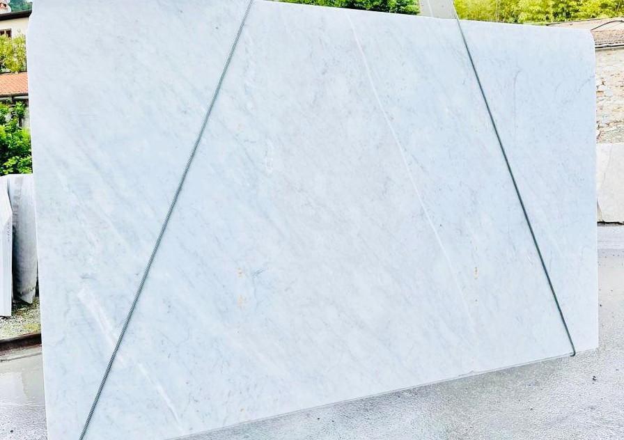BIANCO CARRARA C Supply Veneto (Italy) rough slabs D210930 , Bnd09 natural marble