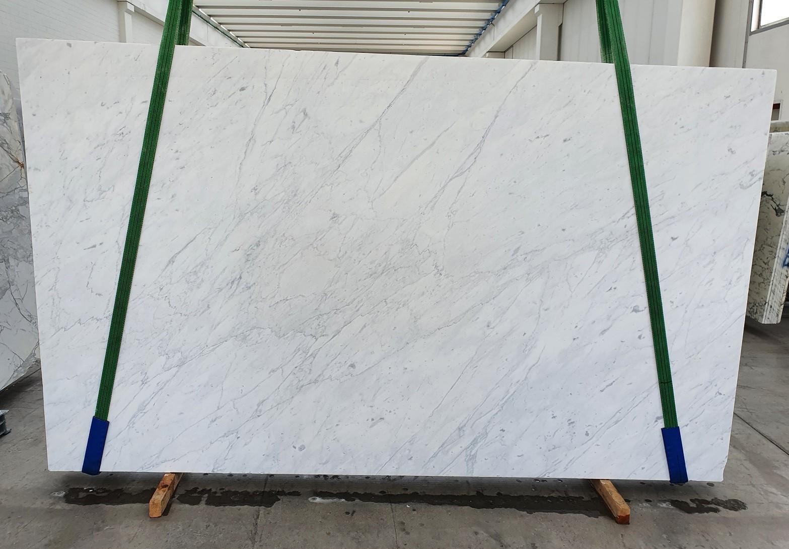 BIANCO CARRARA C Supply Veneto (Italy) polished slabs 1441 , Slab #26 natural marble