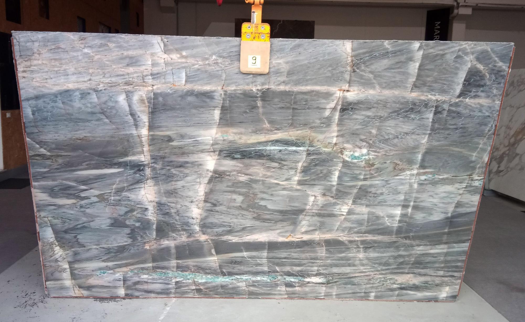 BRITA BLUE Supply Veneto (Italy) polished slabs Z0359 , Slab #09 natural quartzite