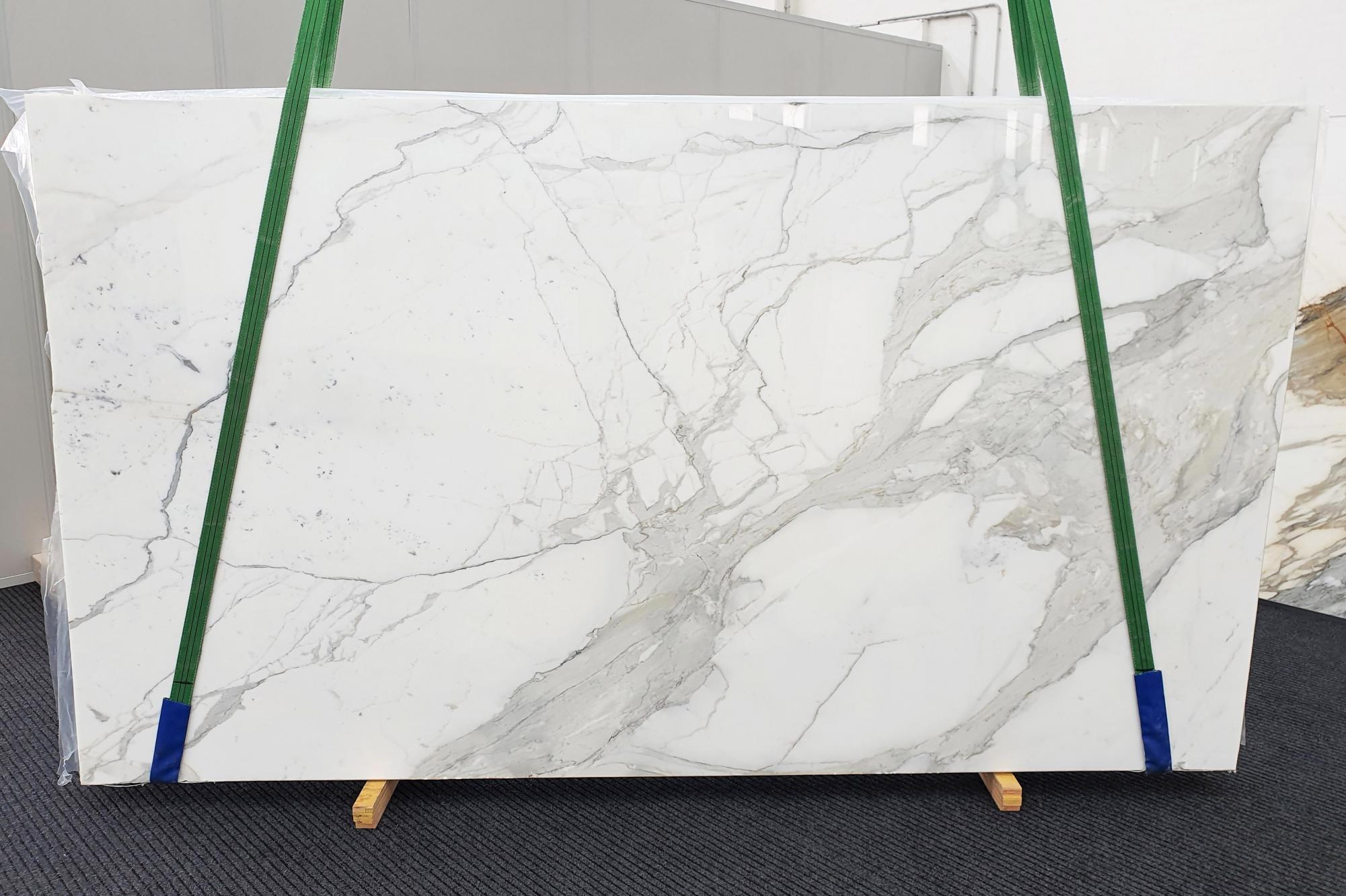 CALACATTA EXTRA Supply Veneto (Italy) polished slabs 1377 , Slab #63 natural marble