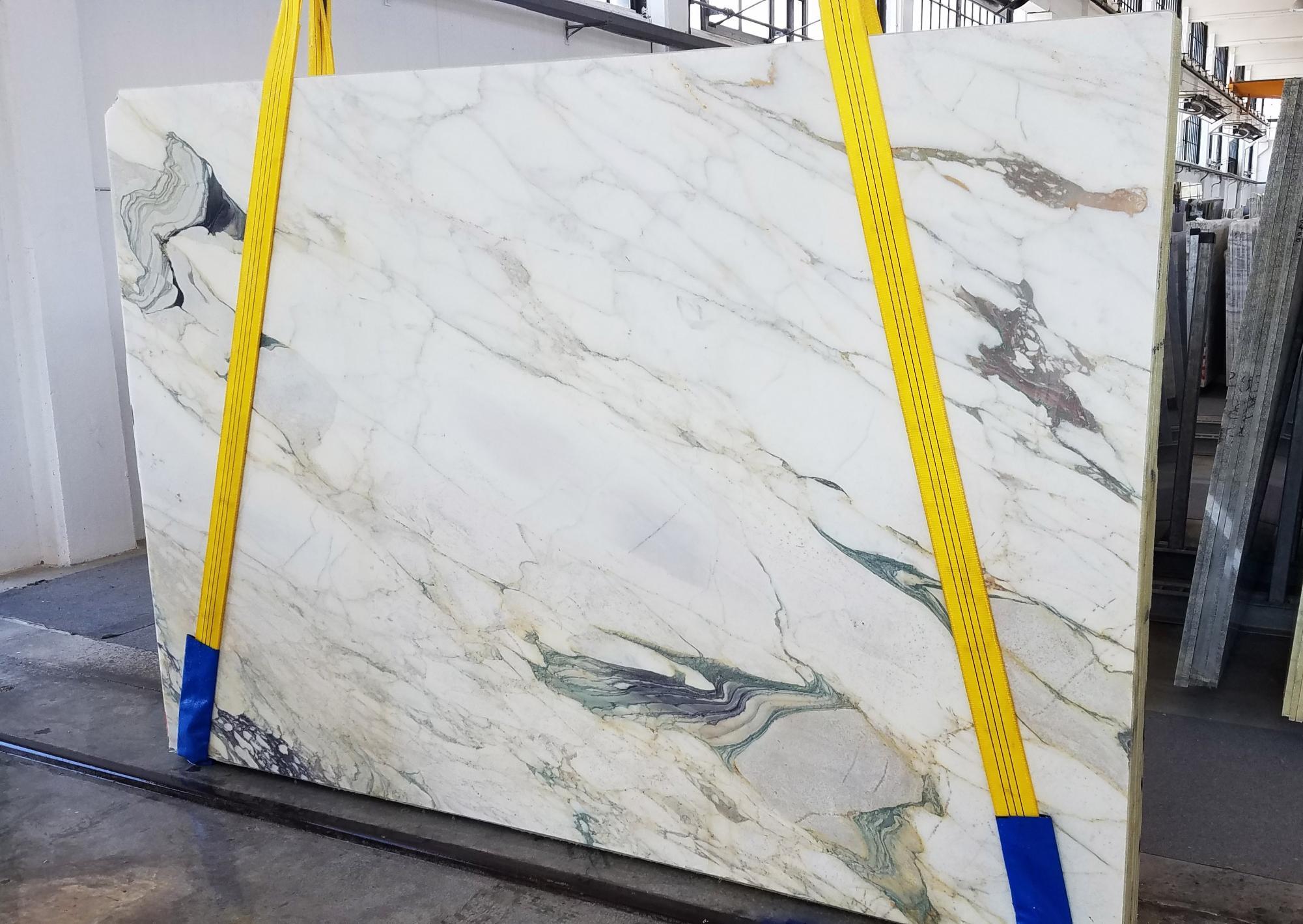 CALACATTA FIORITO Supply Veneto (Italy) sawn slabs U0433 , Slab #18 natural marble