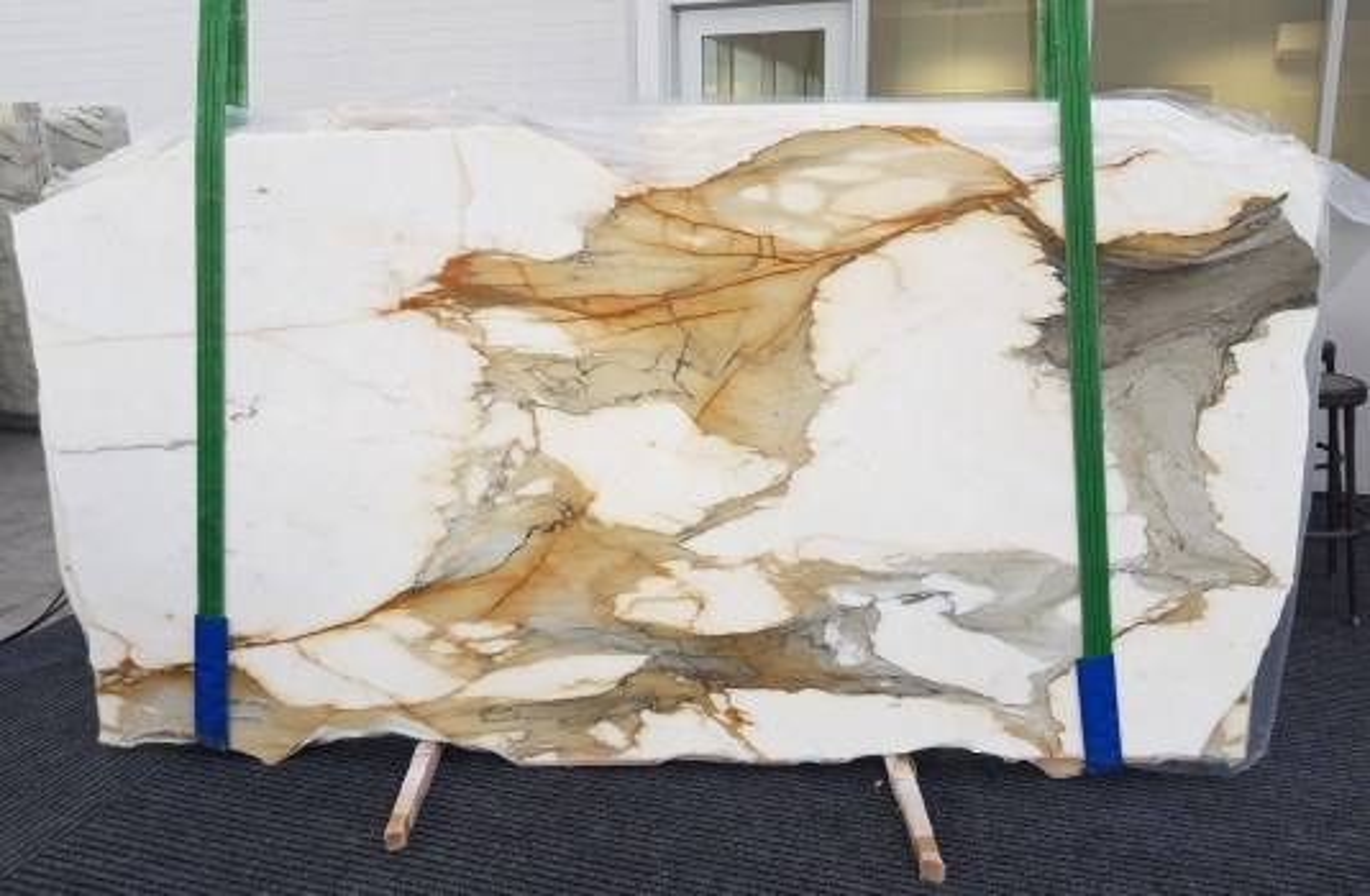 CALACATTA MACCHIAVECCHIA polished slabs GL 1130 , Bundle #8 natural marble