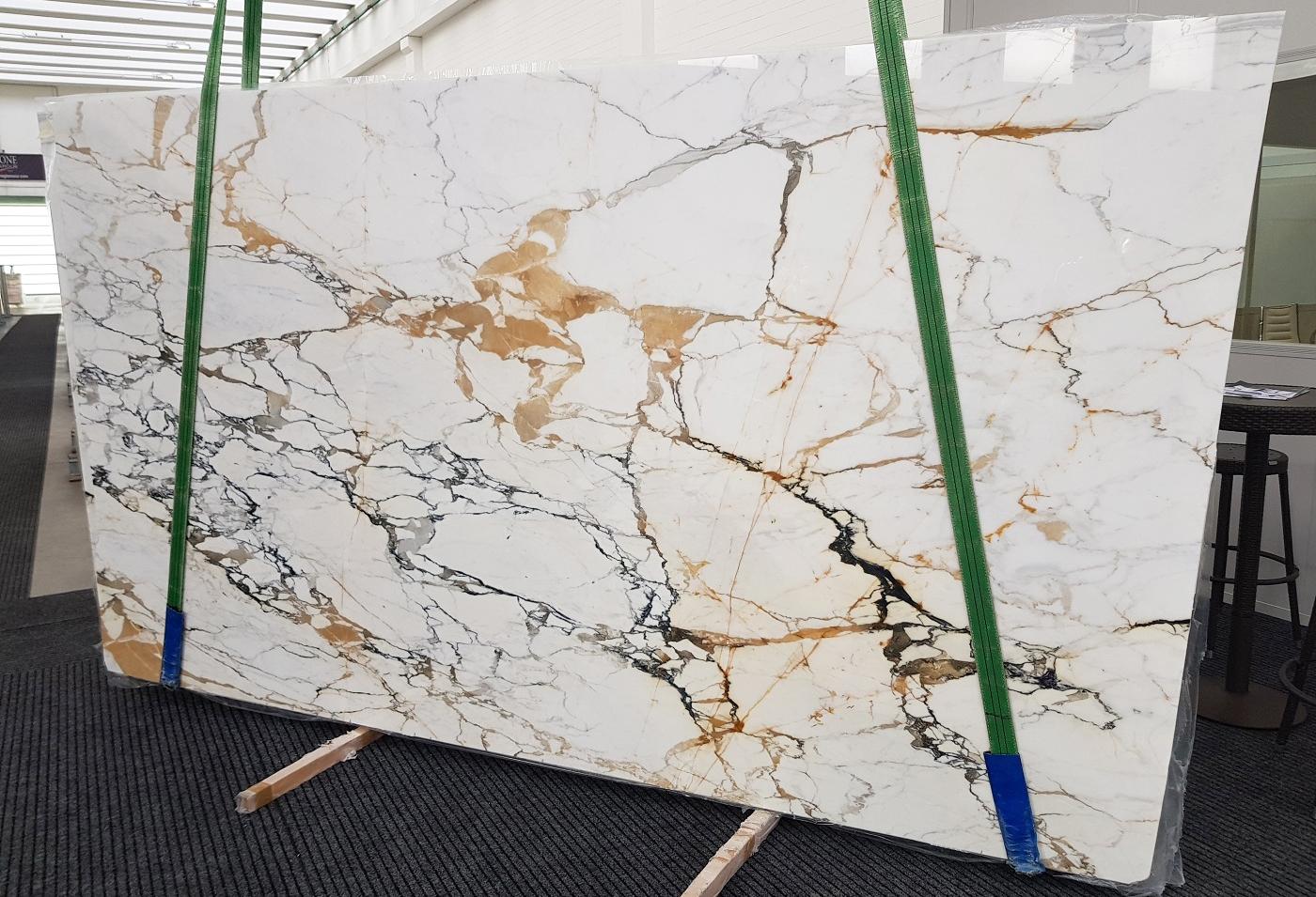 CALACATTA MACCHIAVECCHIA polished slabs GL 1131 , Bundle #2 natural marble