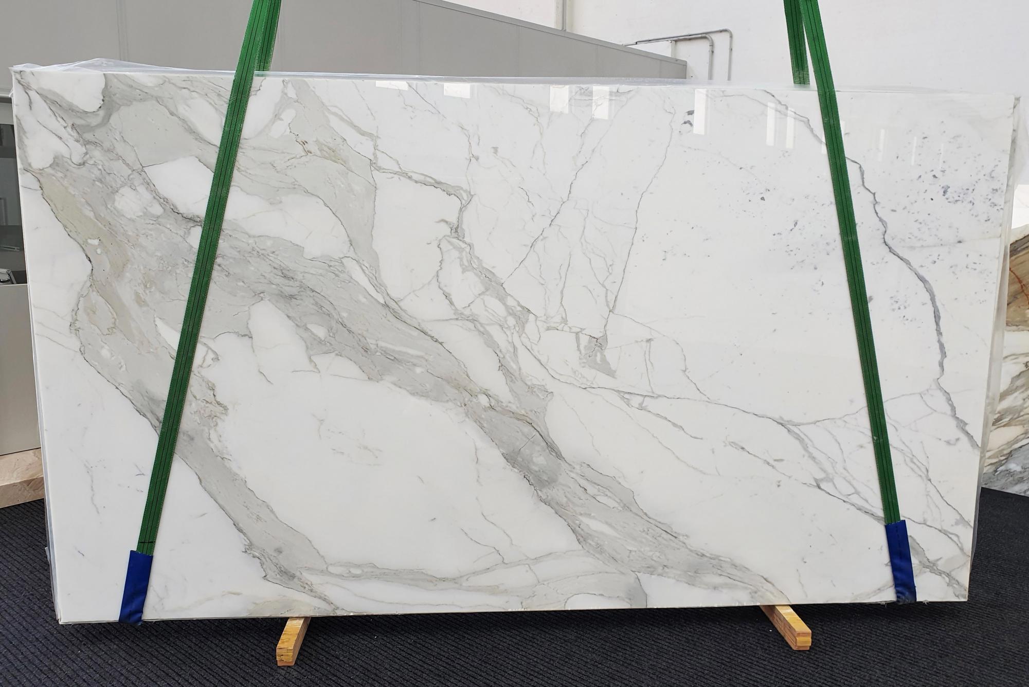 CALACATTA ORO EXTRA Supply Veneto (Italy) polished slabs 1366 , Slab #52 natural marble
