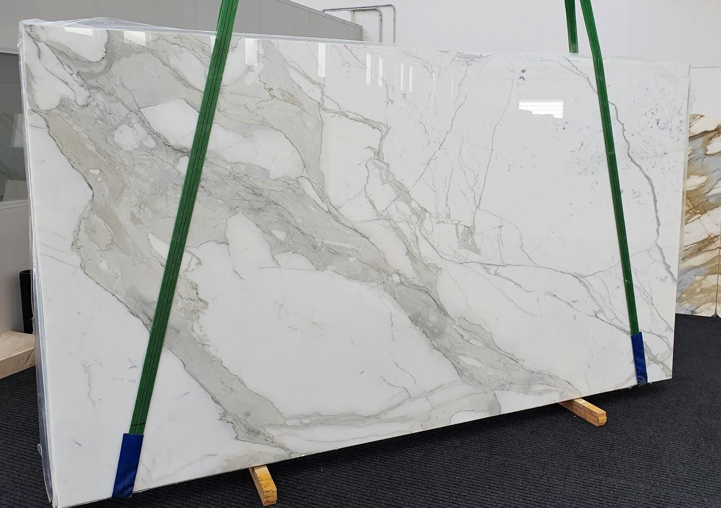 CALACATTA ORO EXTRA Supply Veneto (Italy) polished slabs 1366 , Slab #54 natural marble