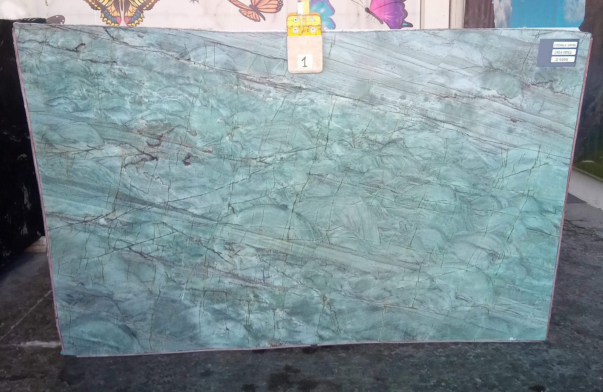 EMERALD GREEN Supply Veneto (Italy) polished slabs Z0209 , Slab #01 natural quartzite