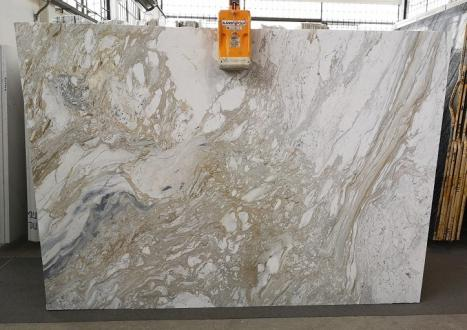 GOLDEN CALACATTA Supply Veneto (Italy) polished slabs U0403A , SL2CM natural marble