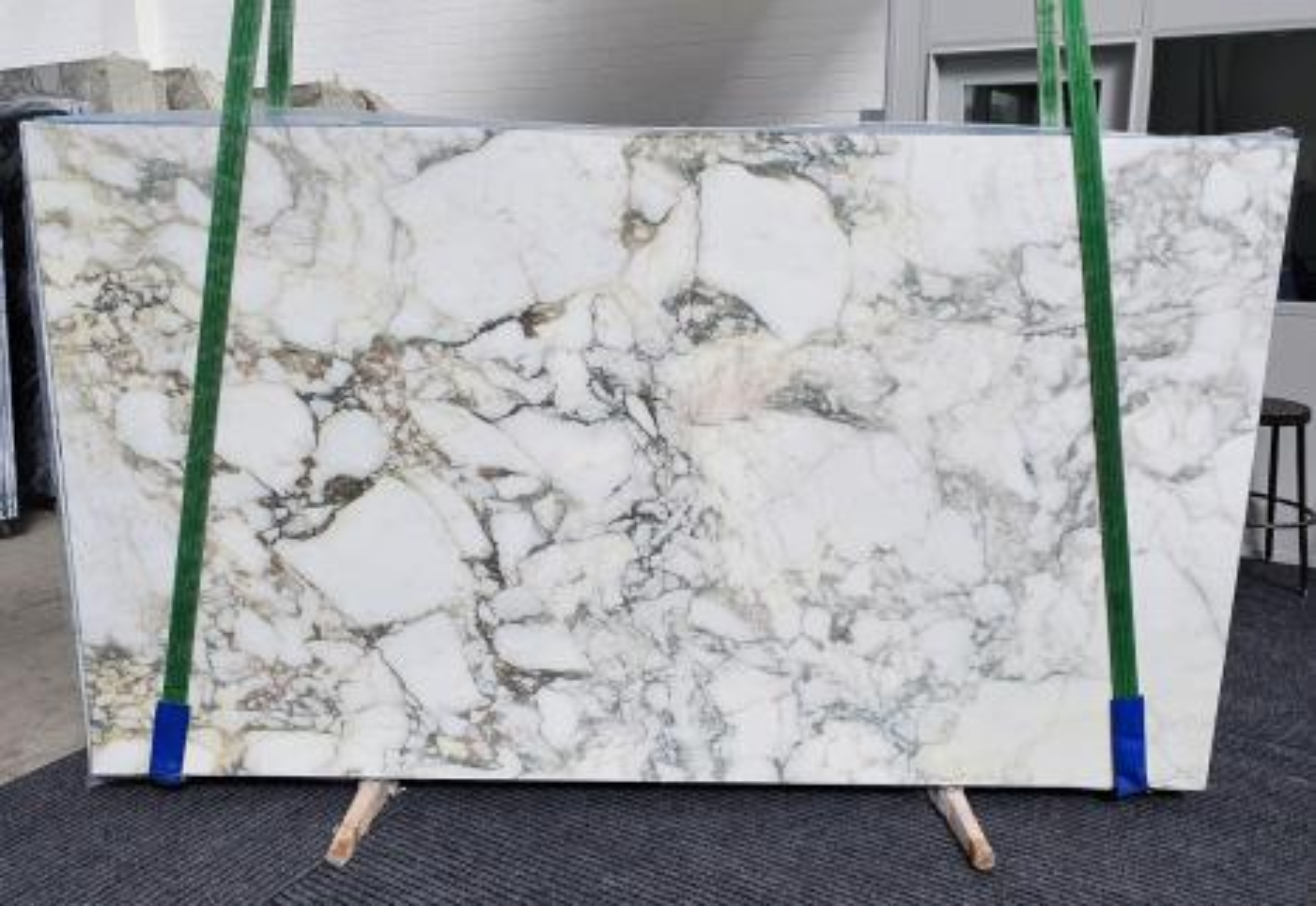 PAONAZZO VAGLI Supply Veneto (Italy) polished slabs 1363 , Slab #21 natural marble
