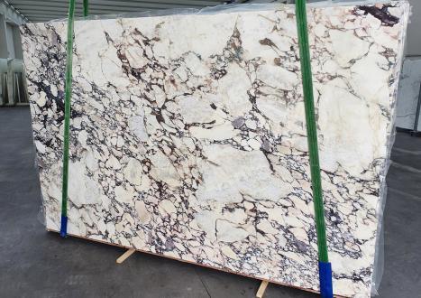 CALACATTA VIOLAslab polished Italian marble Slab #01-3,  117.7 x 74.8 x 1.2 ˮ natural stone (sold in Veneto, Italy)